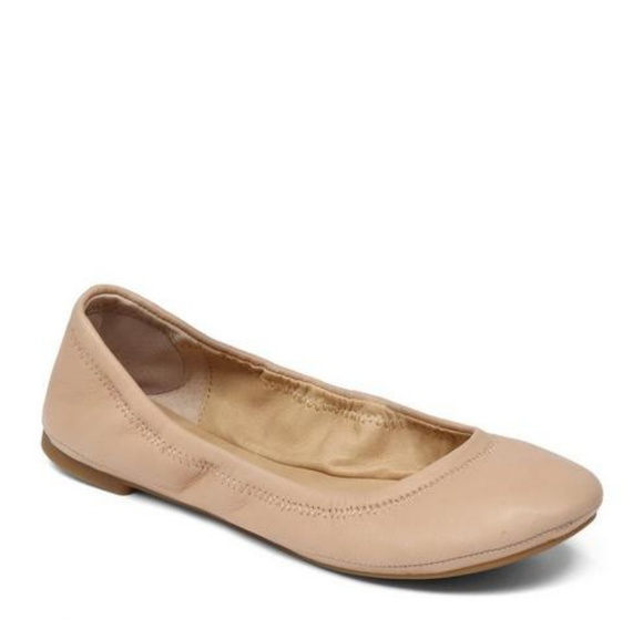 Lucky Brand Shoes - Lucky Brand Emmie Flats in Nude